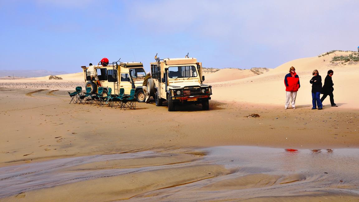 Picknick am Strand auf Namibia Reise