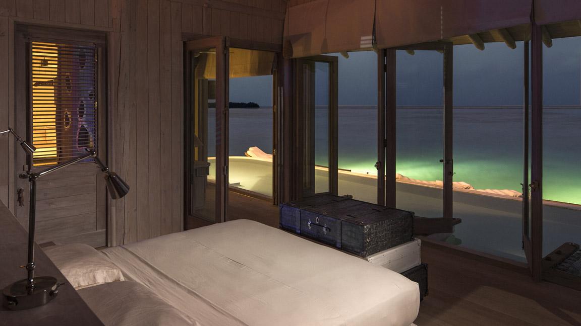 Soneva Jani - Schlafzimmer mit Ausblick