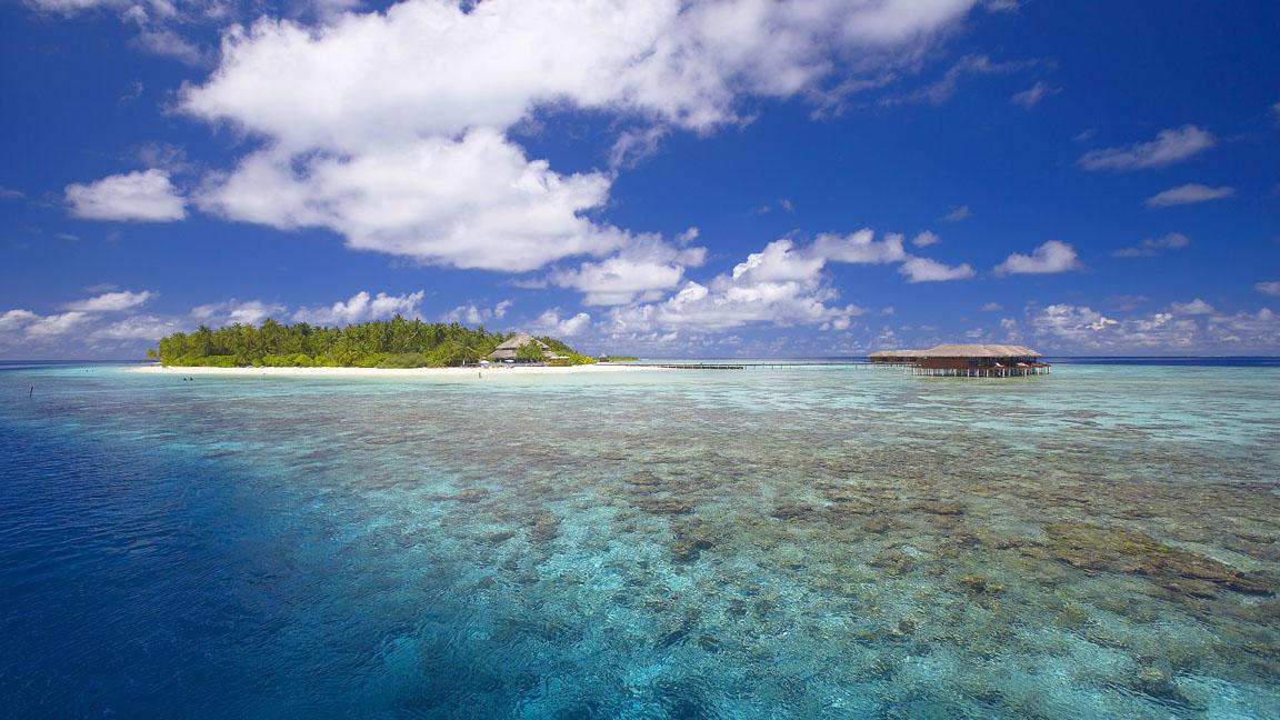 Filitheyo Island - Blick über das Riff