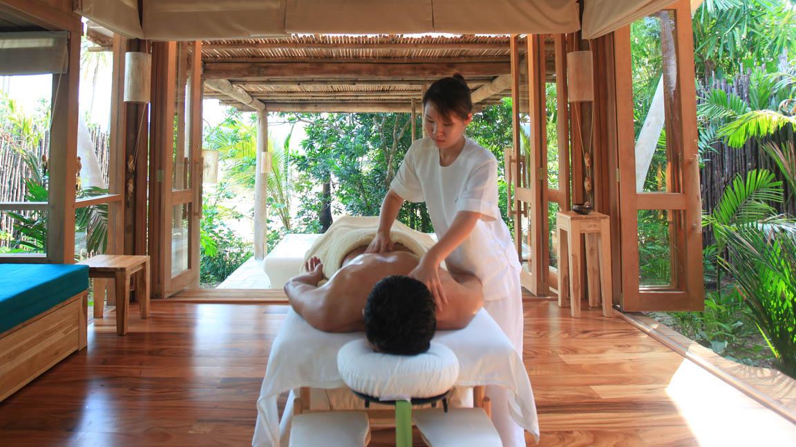 Soneve Kiri - Massage