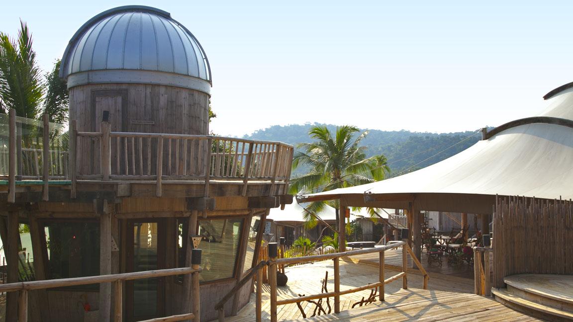 Soneve Kiri - Observatory Exterior by Herbert Ypma