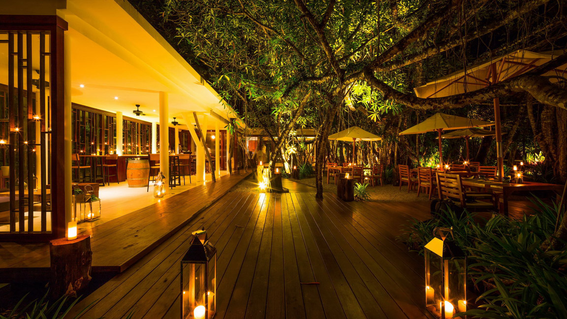 The Sarojin Thailand - Ficus Wein Bar