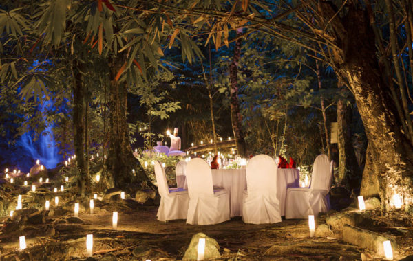 The Sarojin Resort - Dinner in der Natur