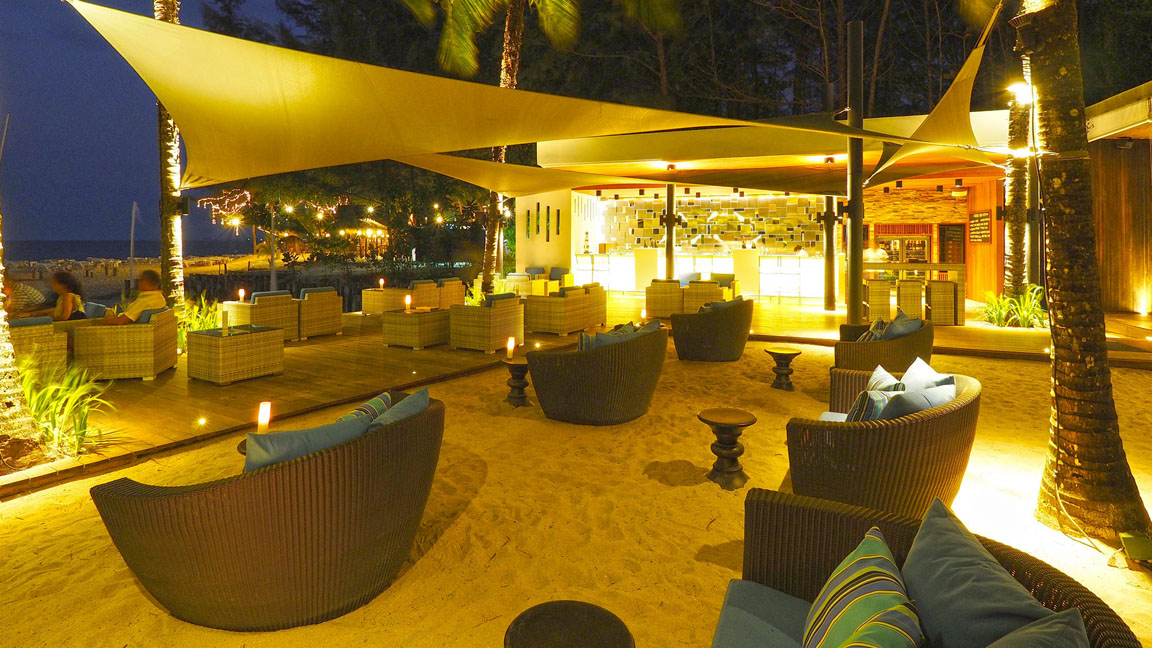 The Sarojin Thailand - beach bar