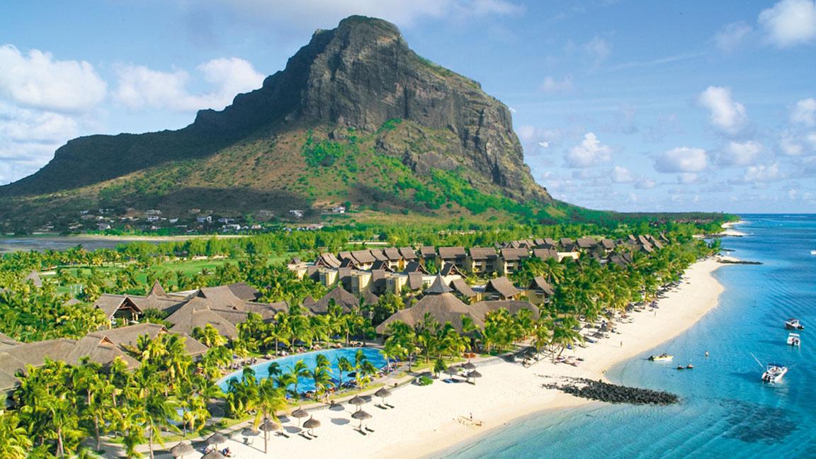 Beachcomber Paradis - Aerial View