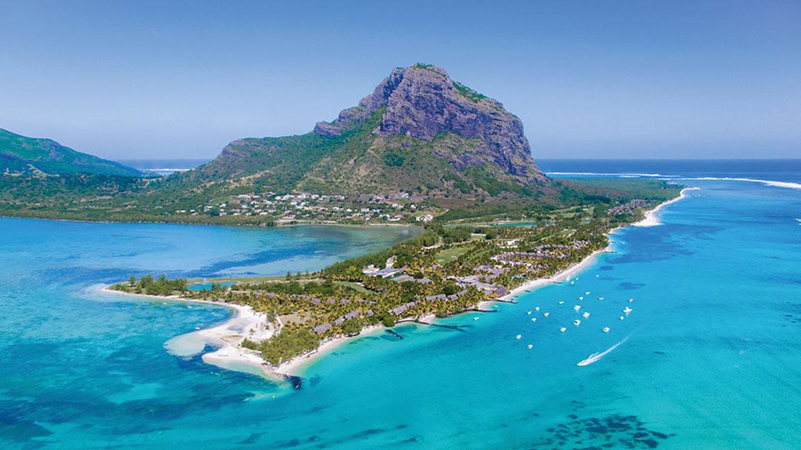 Beachcomber Paradis und Umgebung aus der Luft