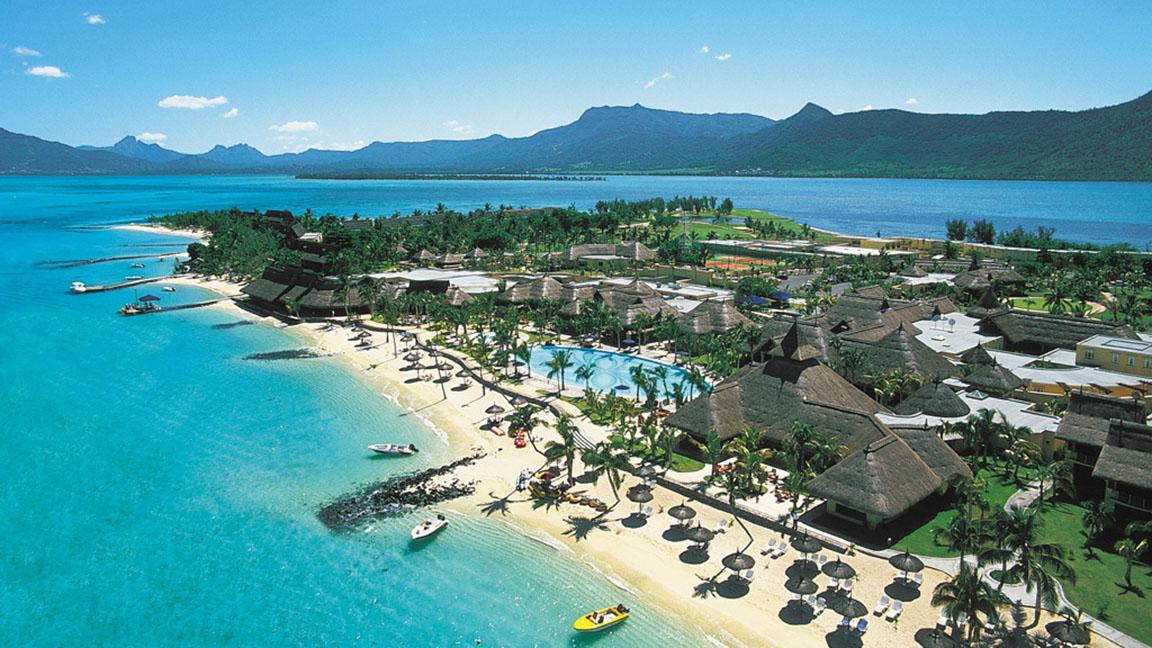 Luftaufnahme des Beachcomber Paradis