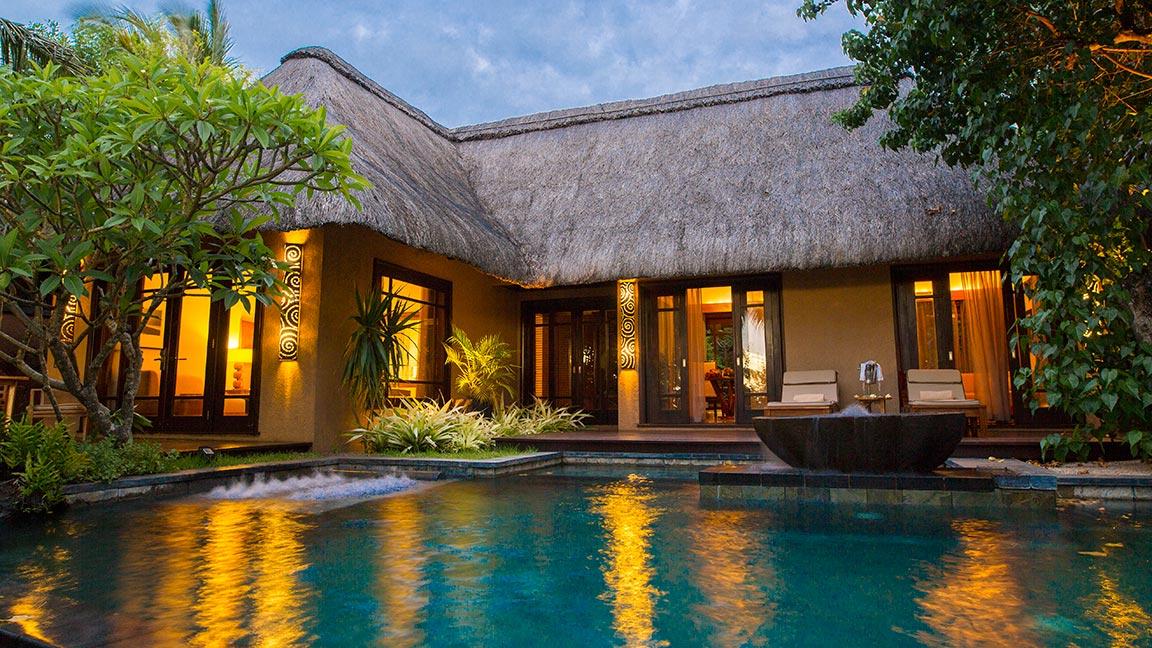 Shanti Maurice - Luxury Suite Villa im Sonnenuntergang