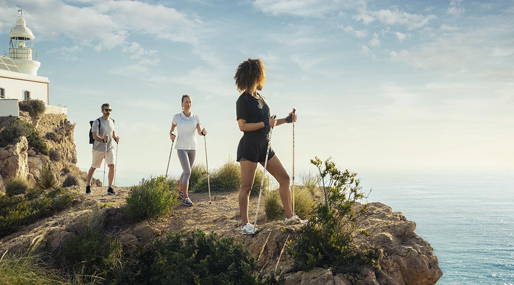 SHA Wellness Clinic - Nordic Walking auf Wellnessreise