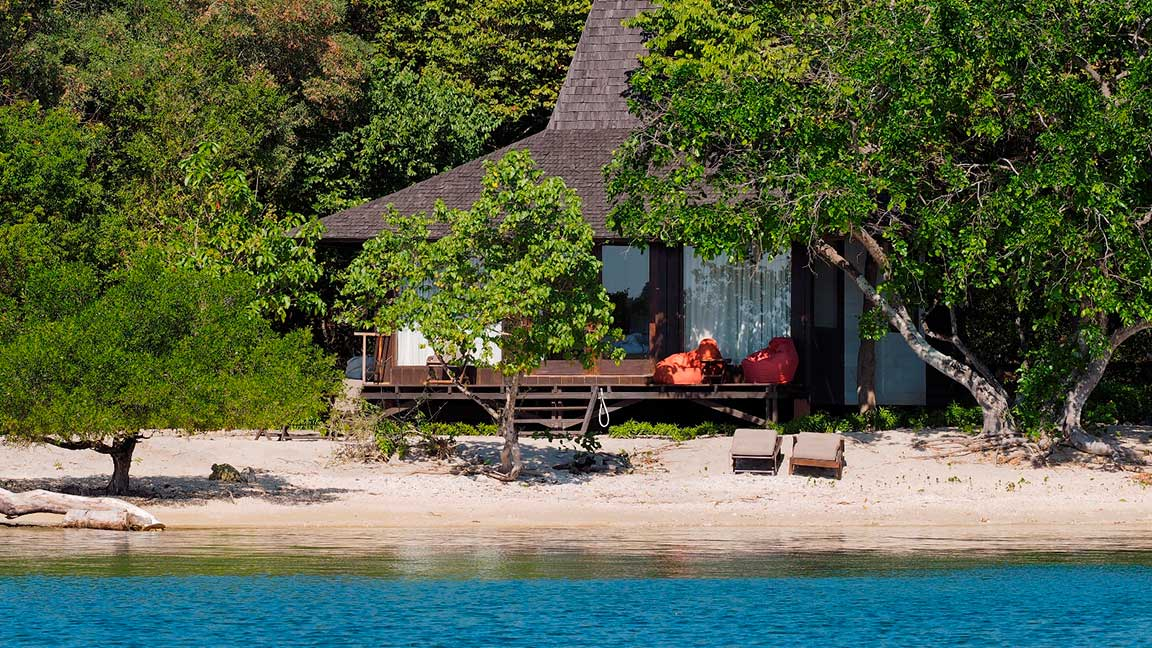 Hütte am Strand des Hotels The Menjangan auf Bali