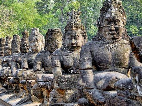 Blick auf Statuen in Kambodscha Siem Reap