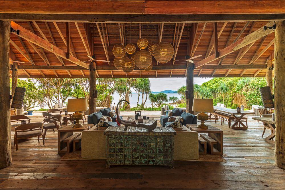 Restaurant mit Blick aufs Meer