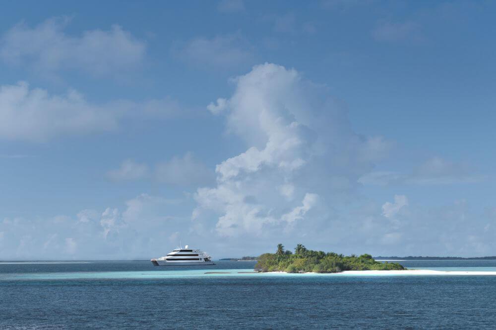 Four Seasons Explorer Malediven
