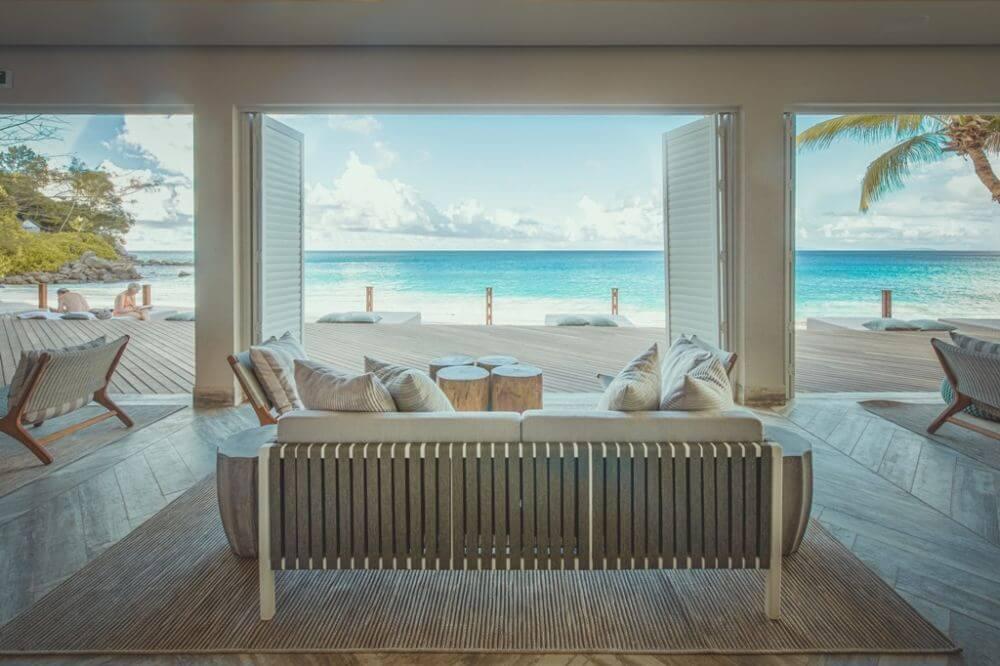 Blick von der Beach Bar aufs Meer