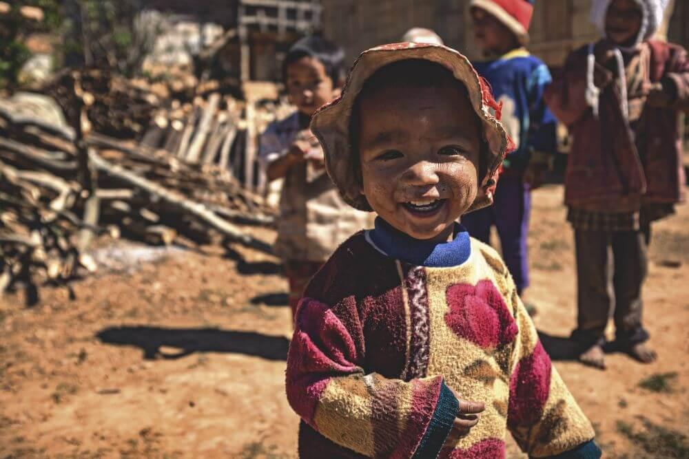 Kleines Kind in Myanmar