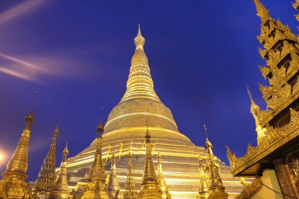 Tempel von Myanmar in Gold