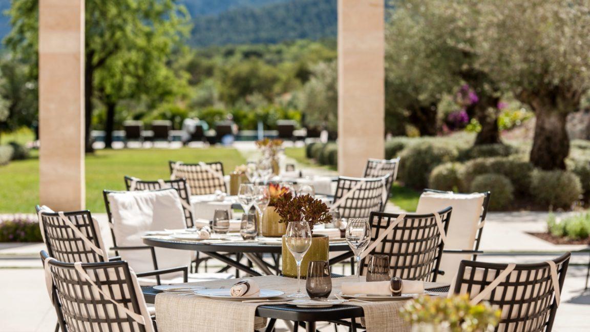 Castell Son Claret - Terrasse Restaurant Olivera