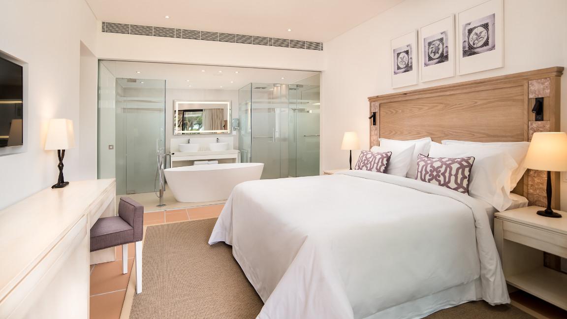 Schlafzimmer Pine Cliff Ocean Suites, Pine Cliffs Resort, Algarve