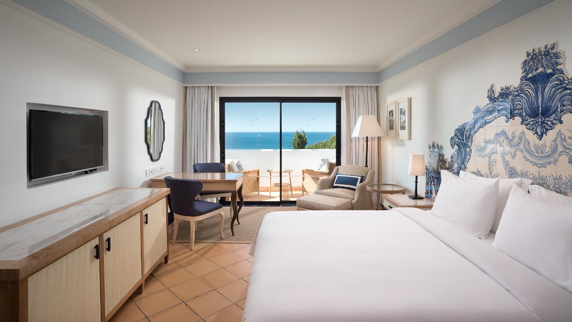 Pine-Cliffs-Hotel-Deluxe-Queen-Room-Atlantic-View