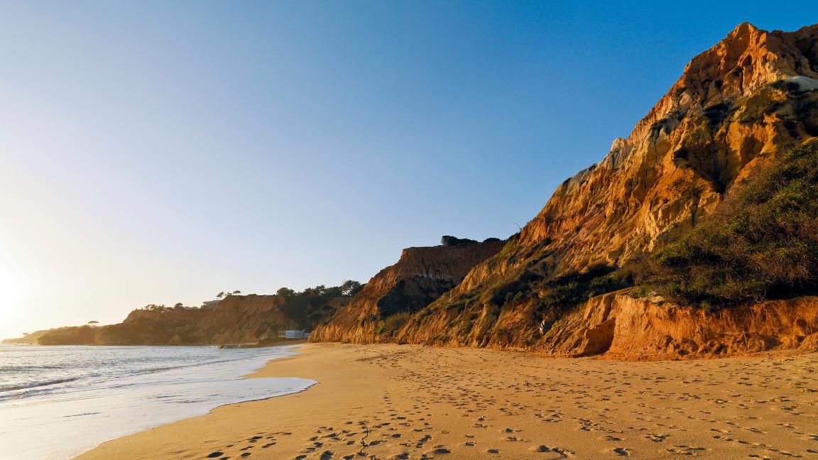 Pine-Cliffs-Resort-Beach
