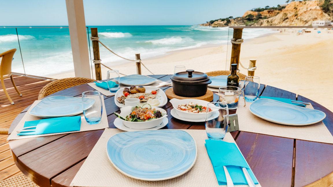 Restaurant Maré am Strand, Pine Cliffs Resort, Algarve