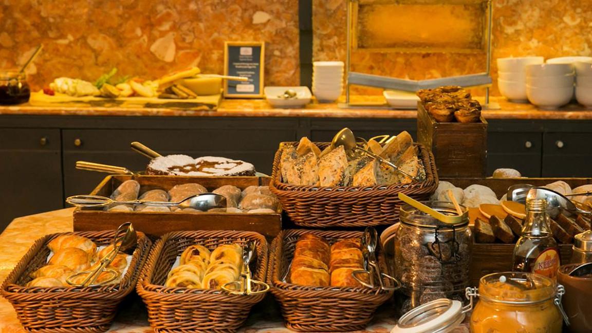Pousada-Lisboa-Frühstücksbuffet