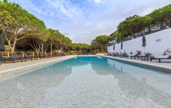 Pool Hotel Praia Verde, Algarve, Portugal
