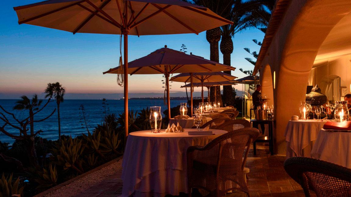 Vila Joya, Terrasse zum Meer