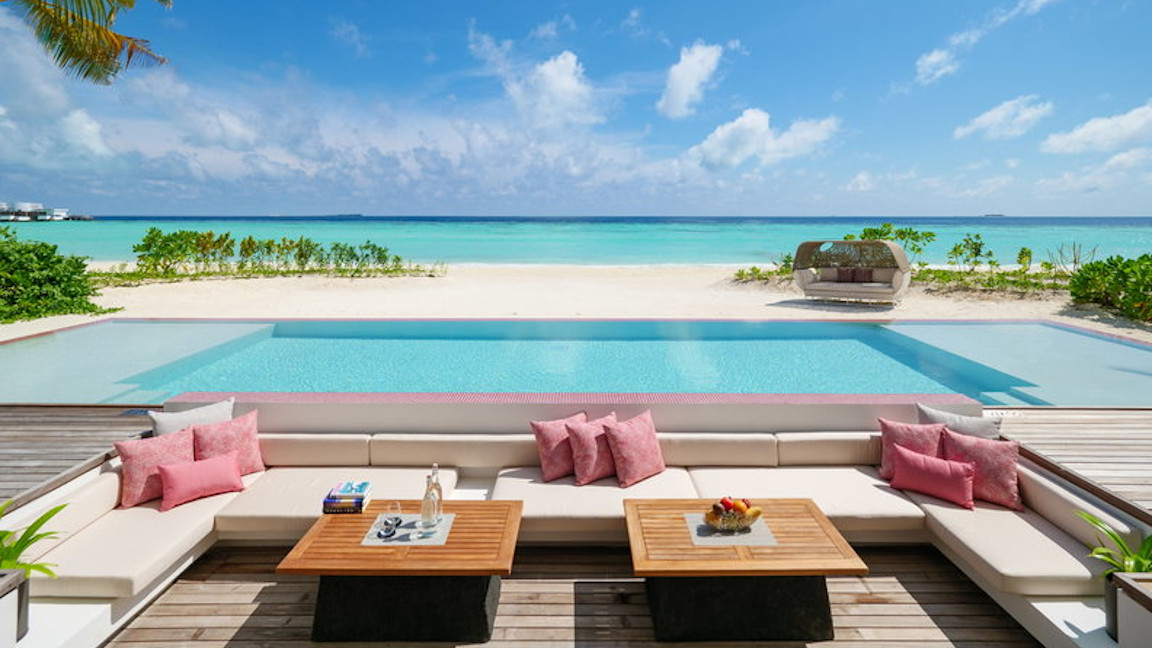 LUX-North-Male-Atoll-Two-bedroom-beach-residence_outside-lounge