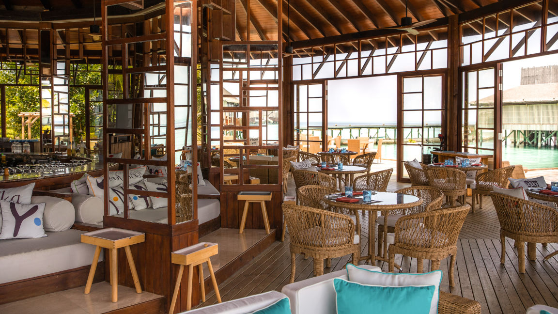 Restaurant Ozar, OZEN RESERVE BOLIFUSHI Resort, Malediven