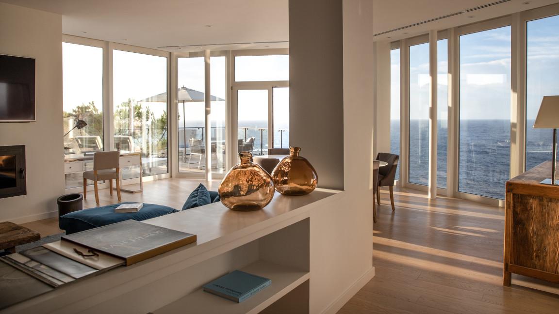Mallorca Jumeirah-Port-Soller-Mar-Blau-Signature-Suite-Living-Area