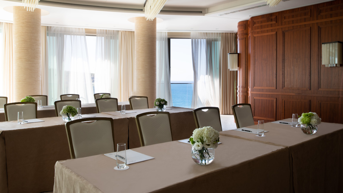 umeirah-Port-Soller-Meeting-Rooms-Business-Events-Ballroom-Classroom-Set-Up